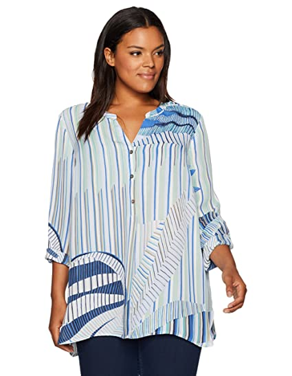 be00415ca94 NIC+ZOE Women s Plus Size Palm Lines Top at Amazon Women s Clothing store