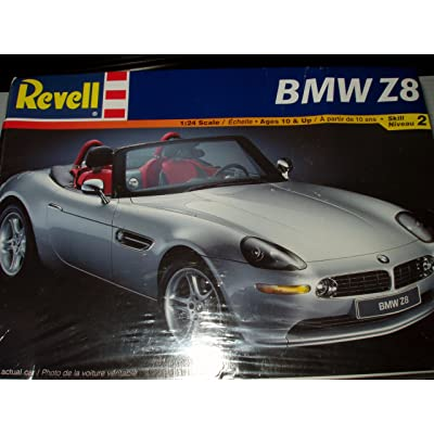 Revell: BMW Z8 (1:24 Scale): Toys & Games