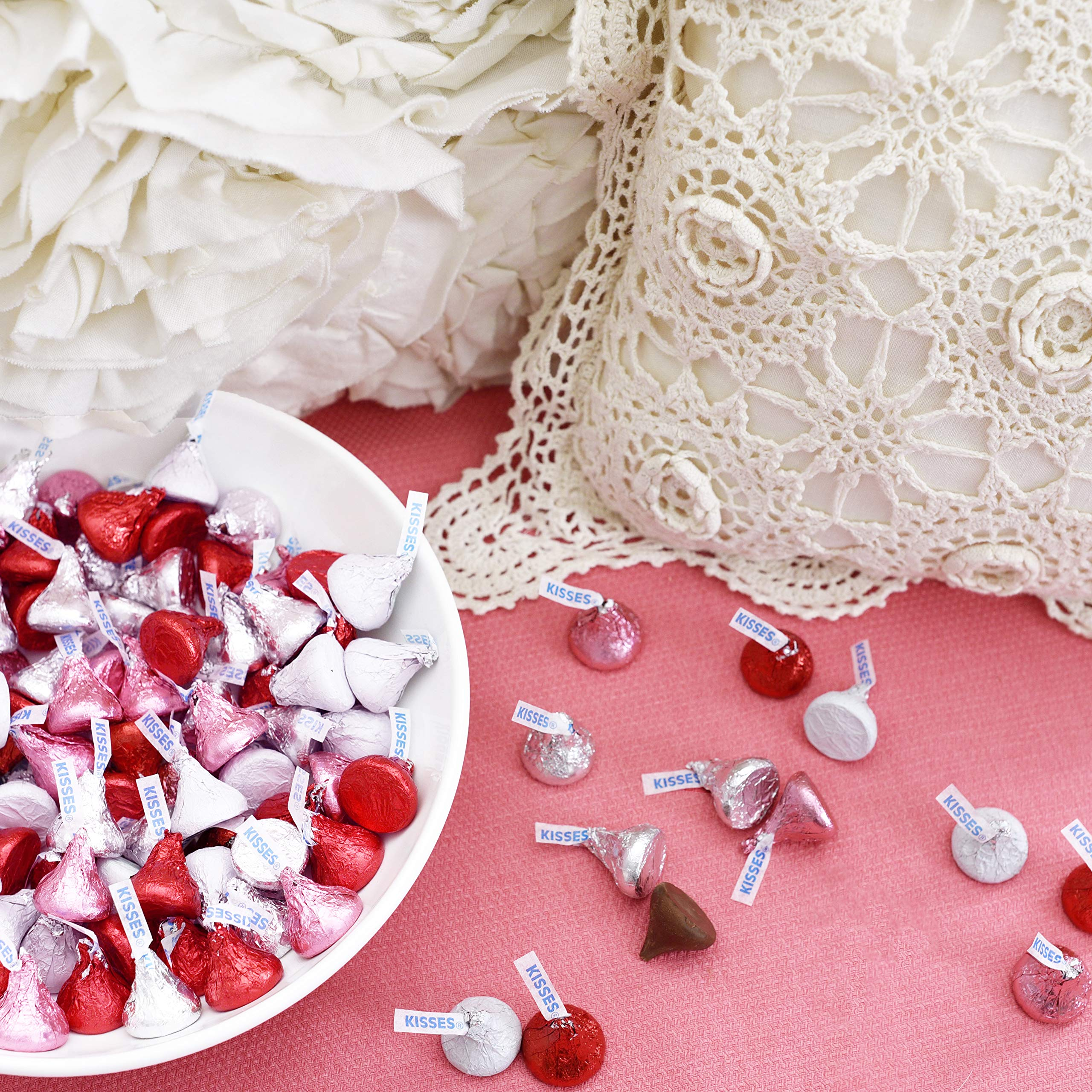HERSHEY'S KISSES Chocolate Candy, Red Foils, 4.1lb Bulk Candy, approx. 400 Pieces. Perfect for Graduation and 4th of July Decorations by Kisses (Image #3)