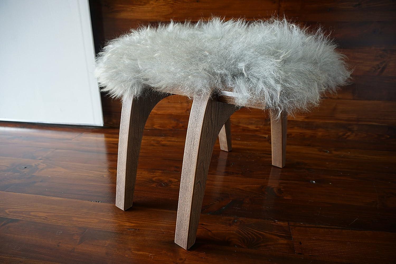 Minimalistisch Eichenholz Hocker / Stuhl mit echtem geschweiften Silber Norwegisch Pelssau Schaffell - Designermöbel von MILABERT (S051607)