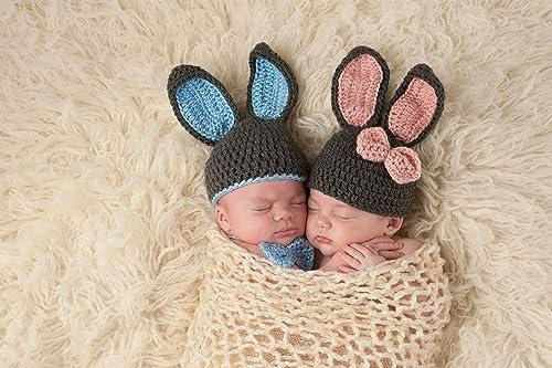 babies in wrap