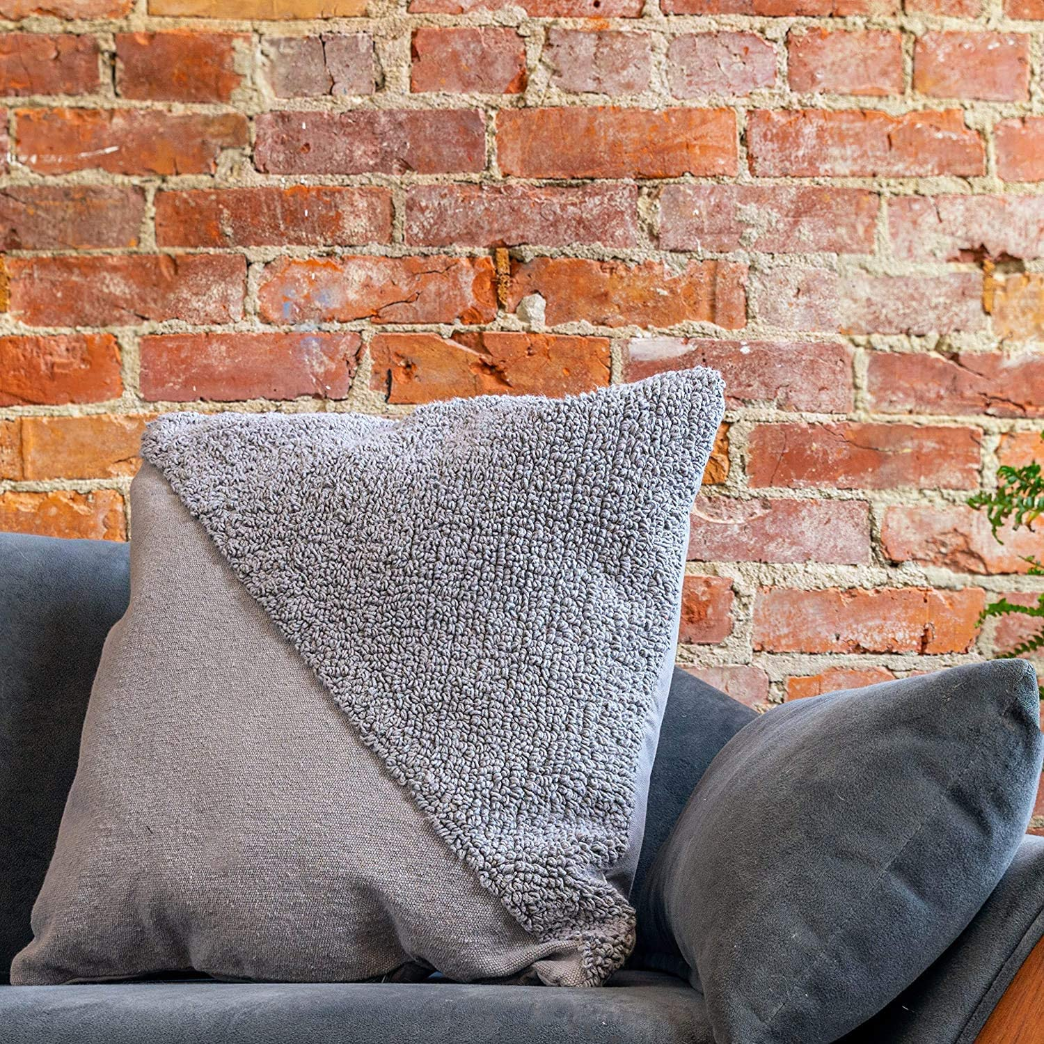 Refinery29 | Sawyer Collection | Luxury Decorative Textured Throw Pillows, Super Soft with Stylish Modern Diagonal Woven Design for Home Décor, Grey