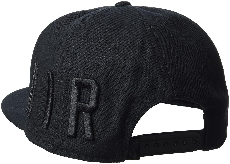 Amazon.com  NIKE AIR TRUE CAP EOS BLACK BLACK MONO 842406 010  Sports    Outdoors b7a53e6fe32f