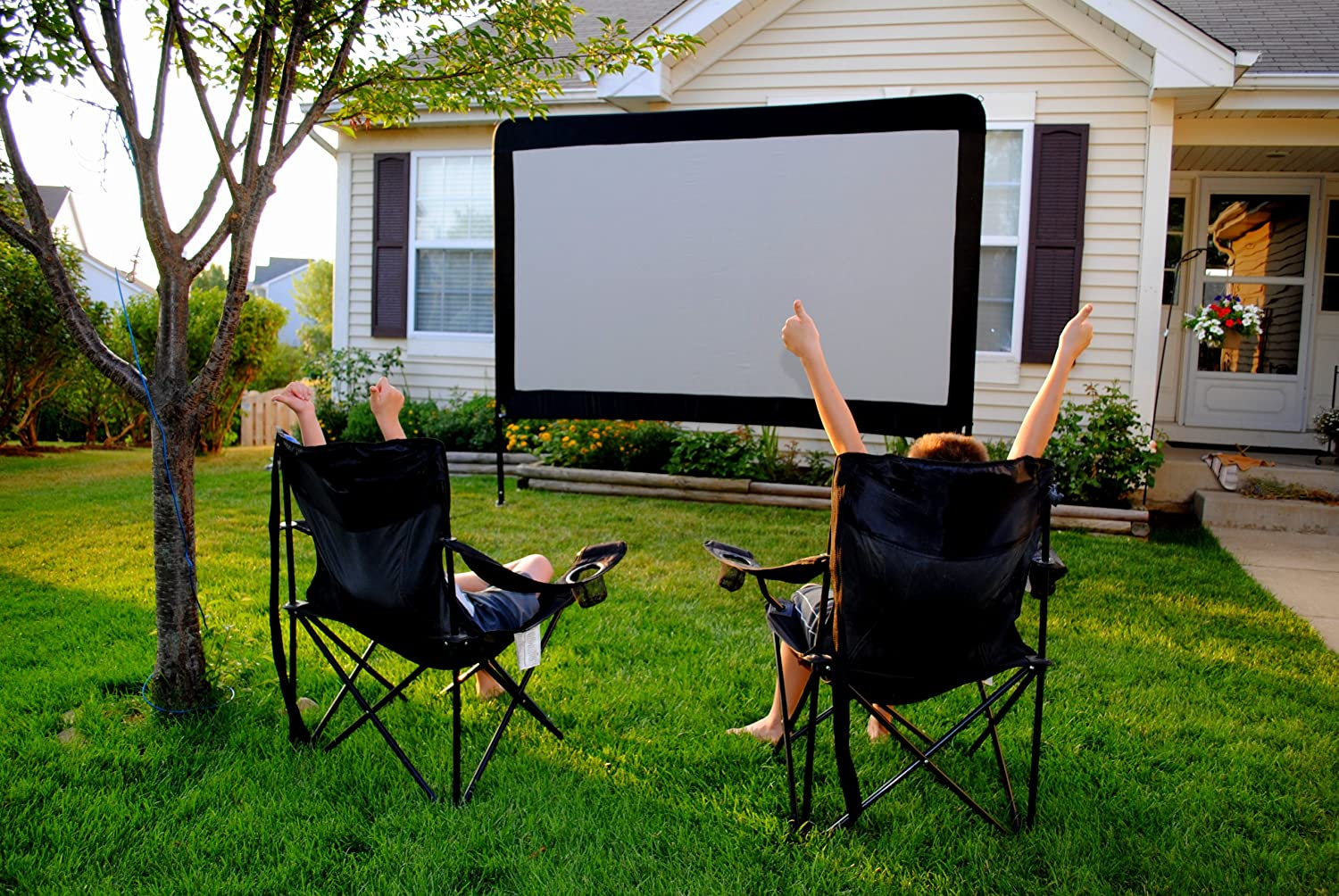 Bon Amazon.com: Backyard Outdoor Home Theater In A Box, Portable Dvd Projector  With Outdoor Movie Screen And Projector Stand!: Office Products