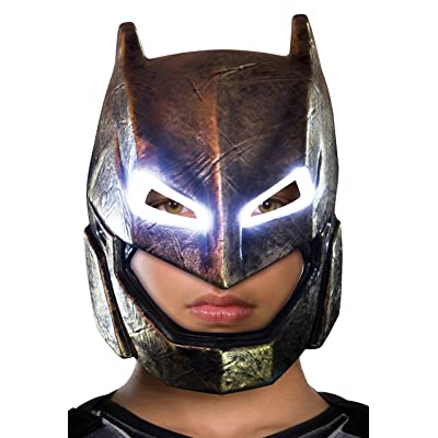 Rubie's Batman v Superman: Dawn of Justice Kid's Armored Batman Light Up Mask: Toys & Games