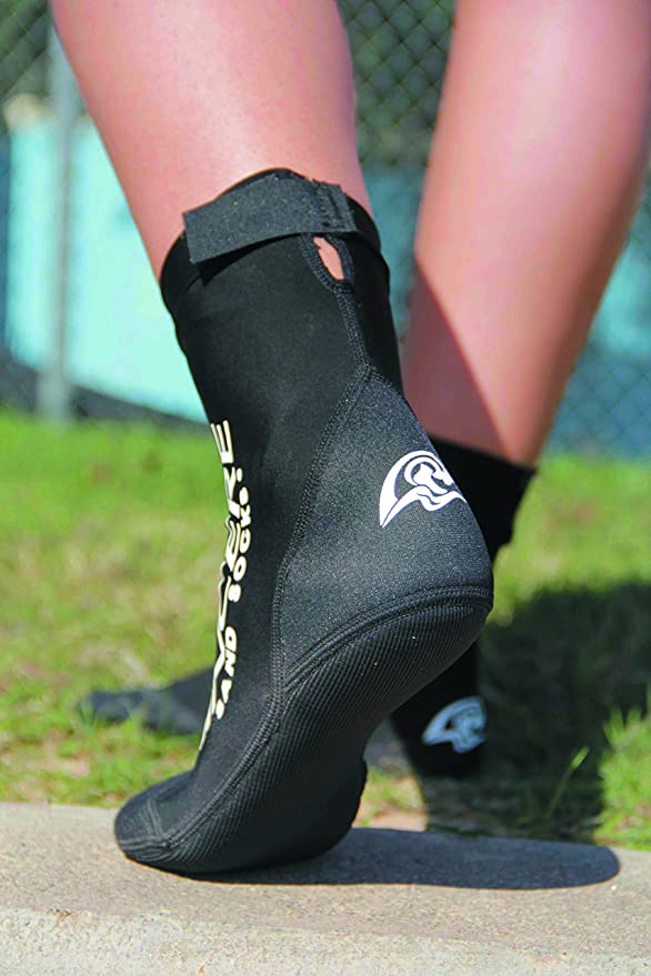 Amazon.com : Vincere Original Sand Socks, Beachsocks Sand Sports Socks (Black, M) by : Sports & Outdoors
