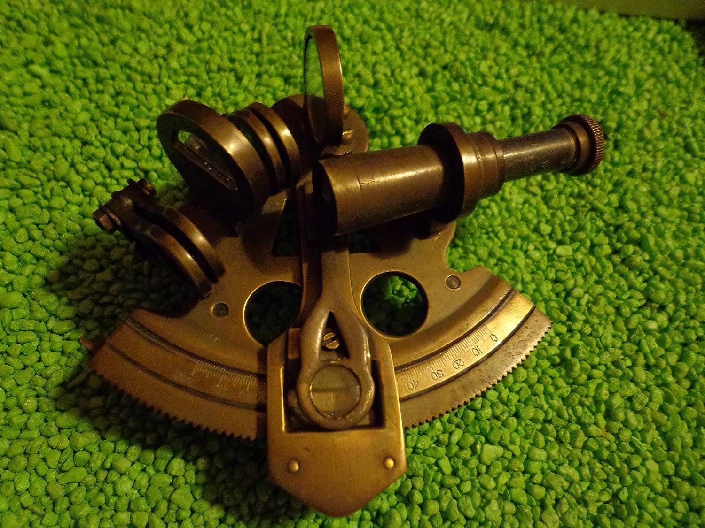 Amazon Com Authentic Models Pocket Sextant With Mini Tripod Vintage Inspired Telescope Bronze Finish Home Kitchen