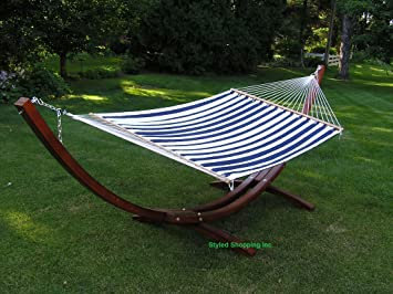 deluxe wood arc hammock stand including   two person blue and white quilted hammock amazon     deluxe wood arc hammock stand including   two person      rh   amazon