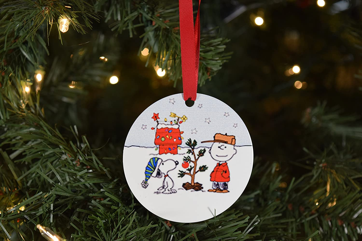 best sneakers ed4ec ea478 Amazon.com : Charlie Brown and Snoopy Christmas Ornament ...