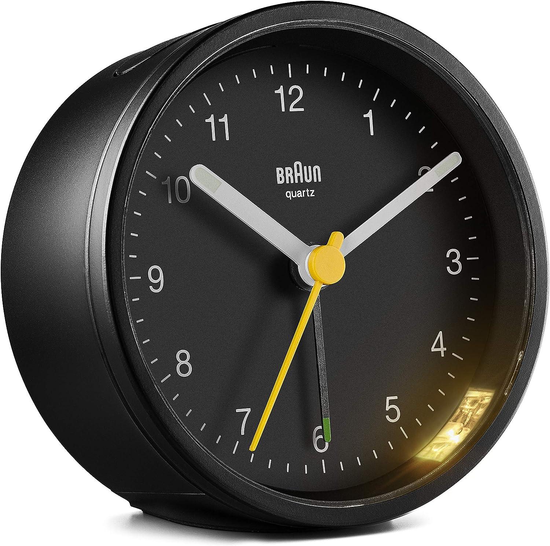 Braun - Reloj Despertador analógico, Pantalla de fácil Lectura, Alarma Creciente, Agujas iluminadas, segundero Amarillo, Movimiento de precisión silencioso