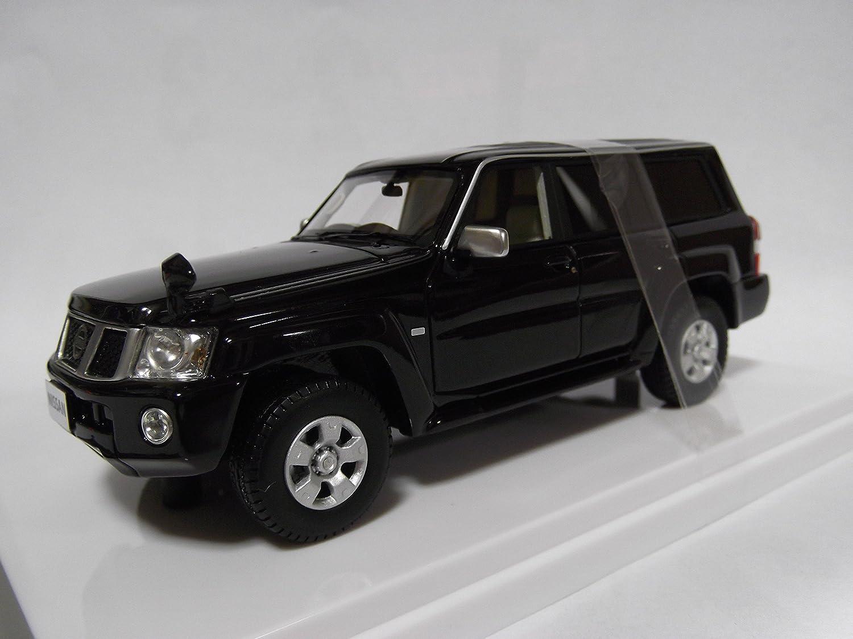 WIT`S 1//43 Nissan SAFARI GRANDROAD LIMITED 2004 Die Cast Model RARE
