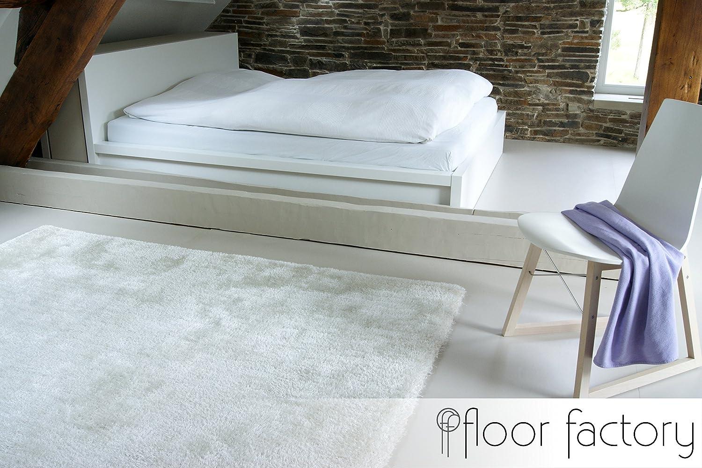 Amazing tappeto moderno seasons bianco crema x cm tappeto shaggy pelo lungo molto morbido - Tappeti cameretta ikea ...
