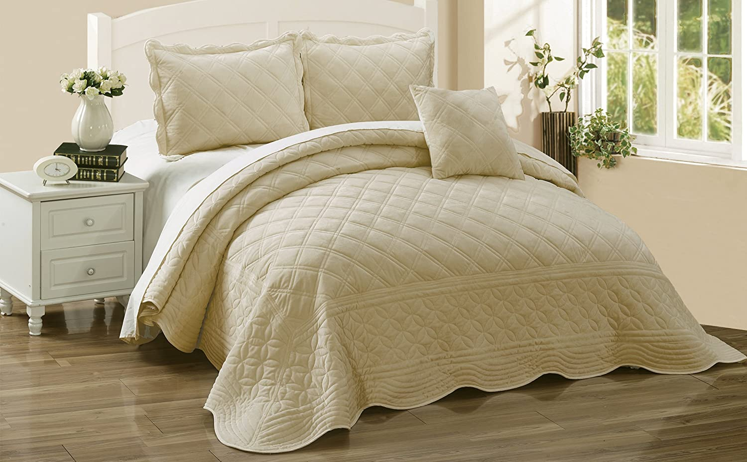 Oatmeal 120  x 120  Serenta Super Soft Microplush Quilted 4 PCs Bedspread Set. King, bluee Sapphire