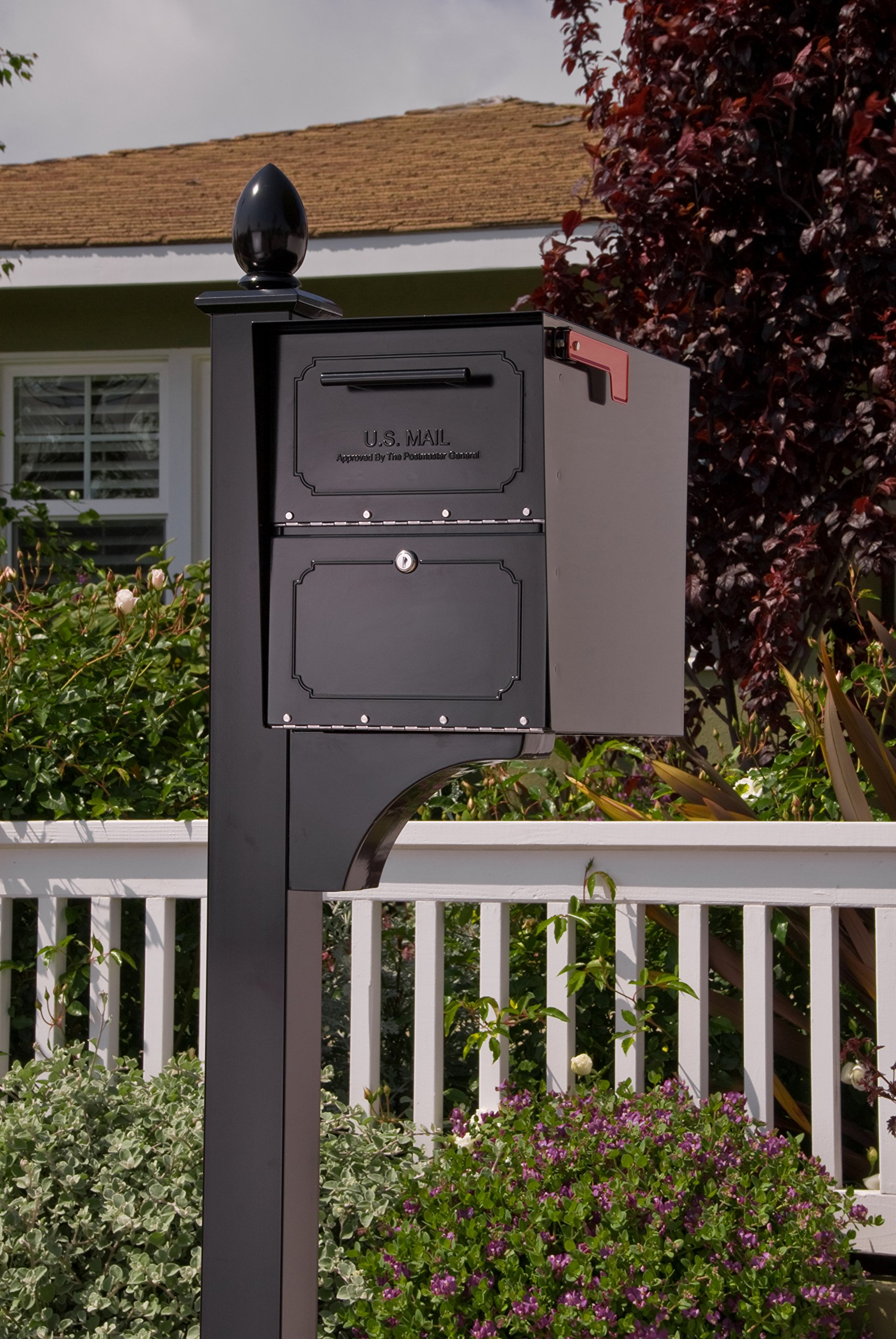 Architectural Mailboxes 6200B-10  Oasis Classic Locking Post Mount Parcel Mailbox with High Security Reinforced Lock by ARCHITECTURAL MAILBOXES (Image #3)