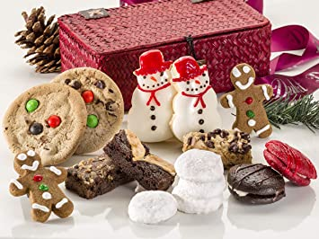 Best Sellers Christmas Cookie Gift Wicker Box Assortment Of Fresh Cookies And Pastries Top