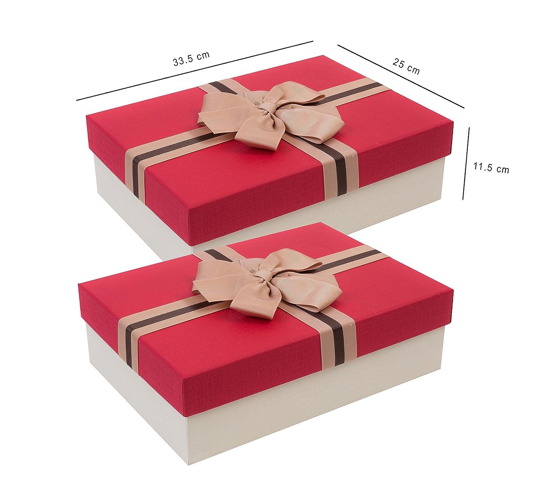 Emartbuy Set di 2 Lusso Rigido Confezione Regalo Scatola di Borgogna Testurizzata Con Coperchio Color Crema Interni Color Cioccolato e Nastro Necorativo Satinato 33,5cm x 25cm x 11,5cm
