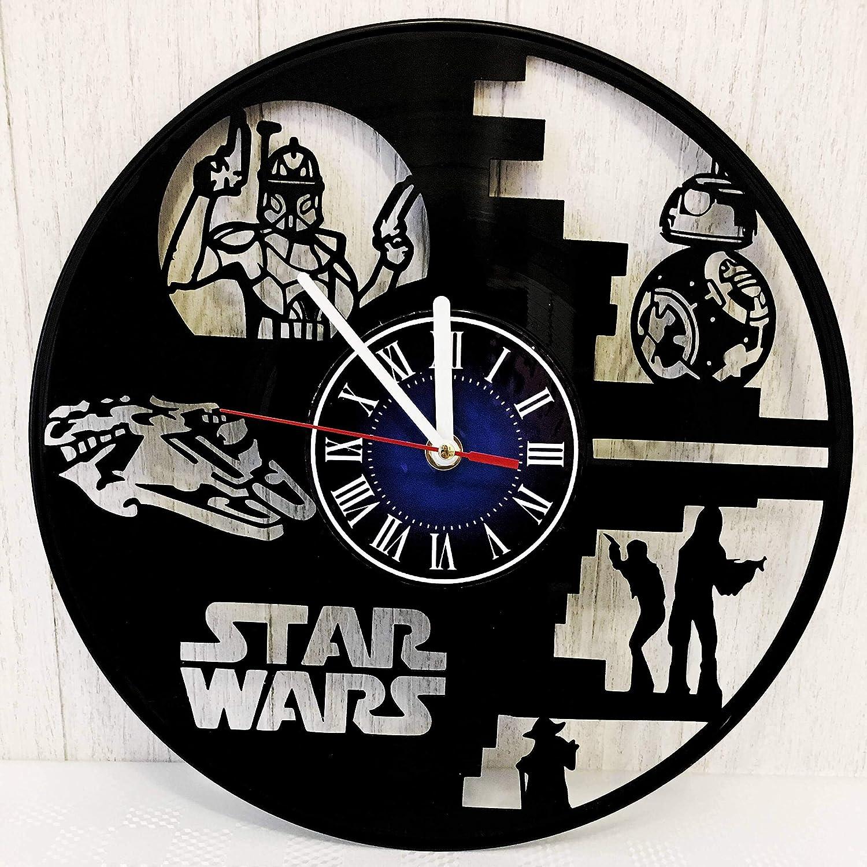 STAR WARS 12 inches / 30 cm Vinyl Record Wall Clock | Teens and Geeks Gift | Yoda | Millenium Falcon | Han Solo & Chewbacca | BB8 | Clone Wars