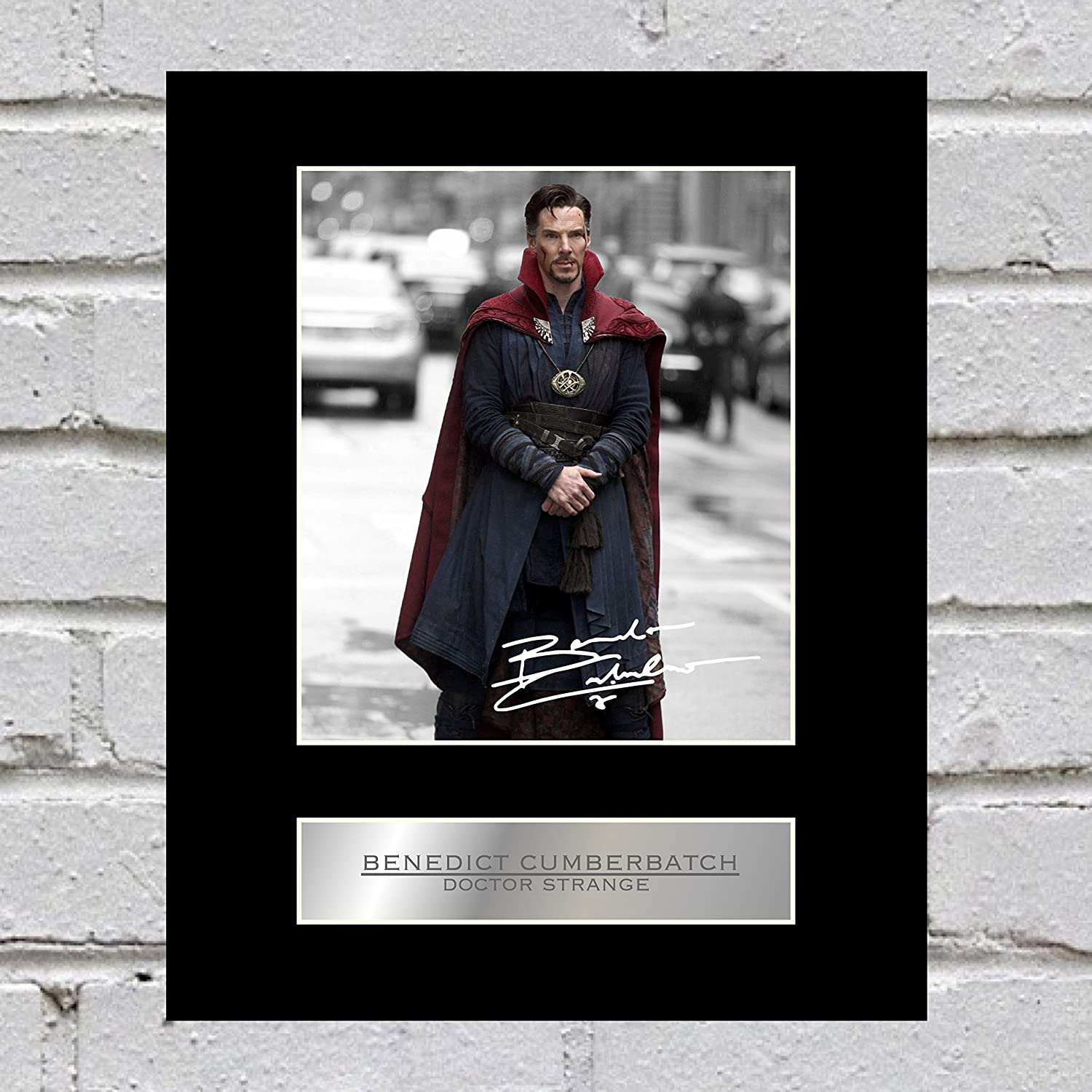 Benedict Cumberbatch Signed Mounted Photo Display Doctor Strange Iconic pics