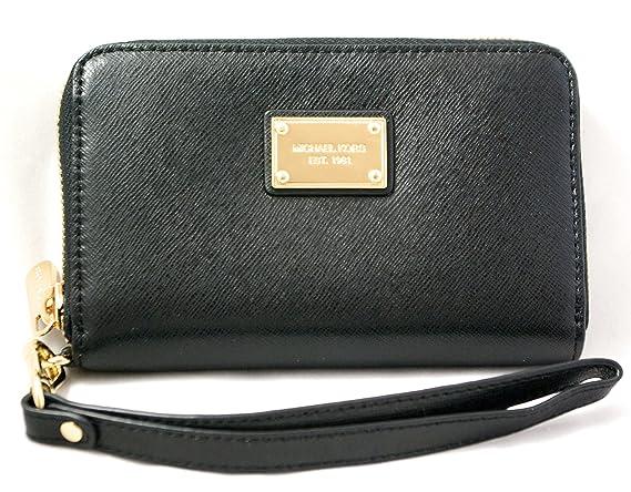 b3add50398c687 Michael Kors Essential Zip Wallet for Iphone 5 Black Saffiano: Amazon.ca:  Cell Phones & Accessories