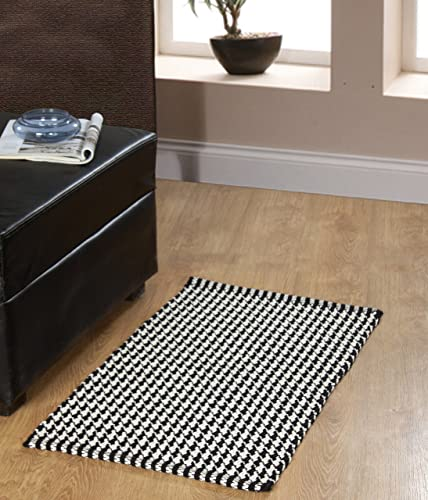 Chesapeake Portland Houndstooth 2Pc. Black Accent Rug Set 21 x34