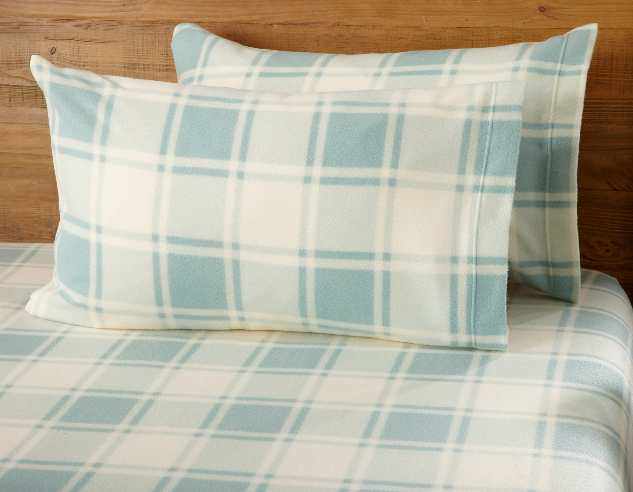 Great Bay Home Super Soft Extra Plush Plaid Polar Fleece Sheet Set. Cozy, Warm, Durable, Smooth, Breathable Winter Sheets with Plaid Pattern. Dara Collection By Brand. (Queen, Harbor Blue) by Great Bay Home (Image #1)