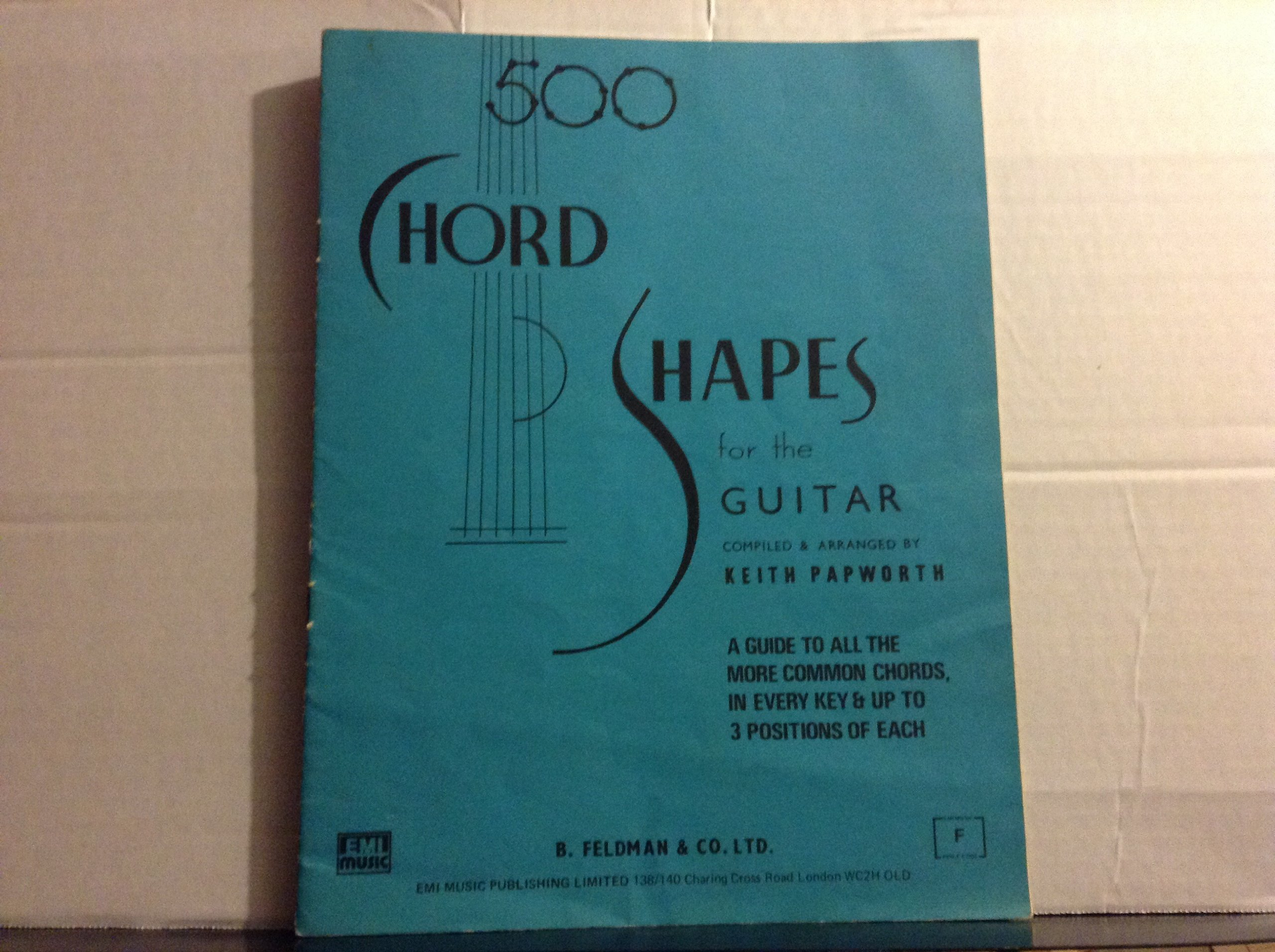 500 Chord Shapes For The Guitar Papworth Amazon Keith