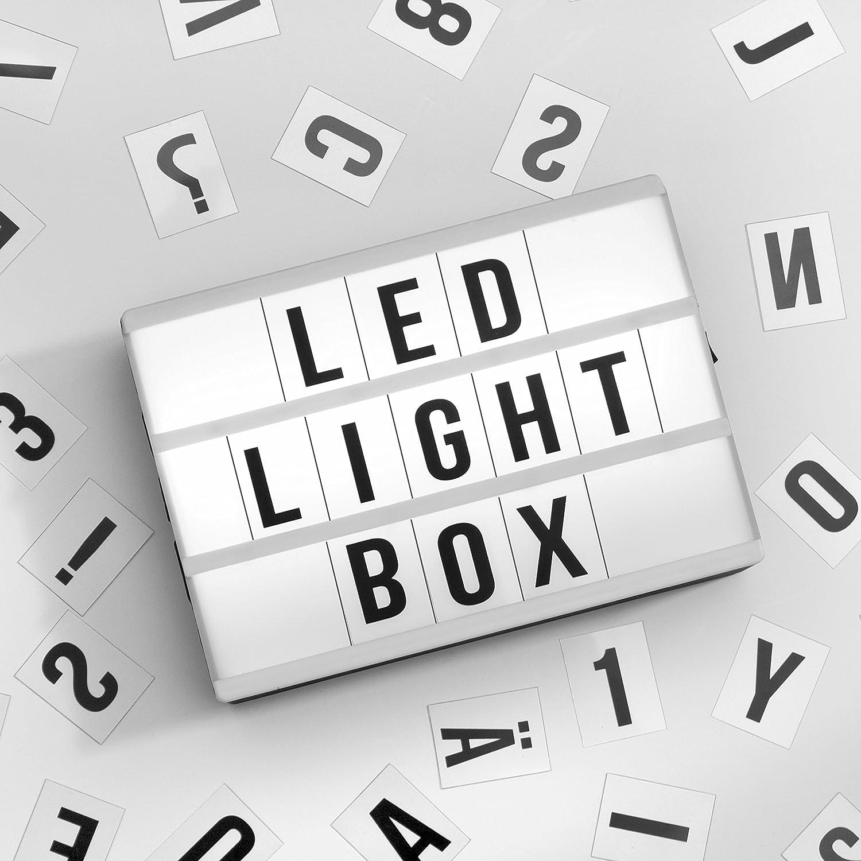 Global Gizmos miniatura A6 3 fila LED cinemática luz caja con letras, números y símbolos azulejos, plástico, color blanco: Amazon.es: Iluminación