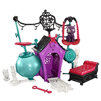 Monster High Secret Creepers Crypt: Toys & Games