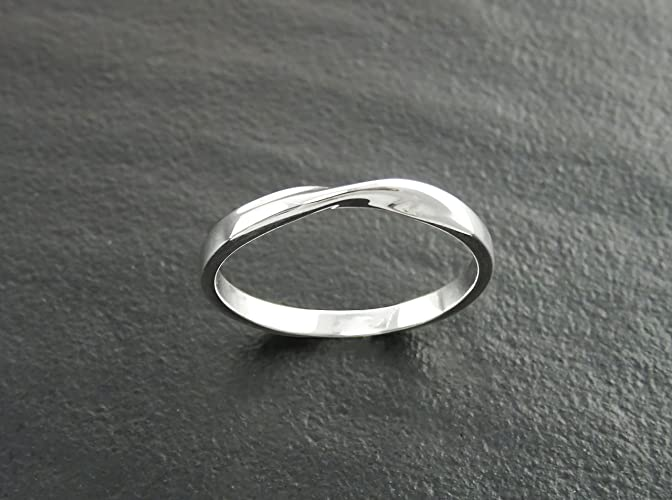 Amazoncom Mobius Ring Twist Band Ring Sterling Silver Wedding