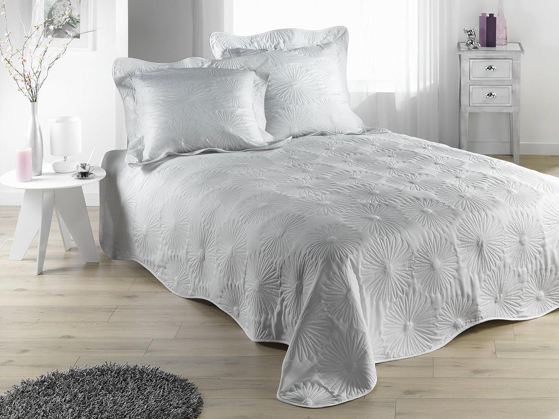 couvre lit jet de lit boutis neptune perle 230x250 cm amazonfr cuisine maison - Dessus De Lit Boutis