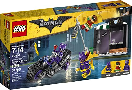 Amazon Com Lego Batman Movie Catwoman Catcycle Chase 70902 Toys Games