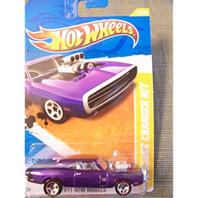 Hot Wheels 2011 New Models '70 Dodge Charger R/T (Purple) #42/50: Toys & Games