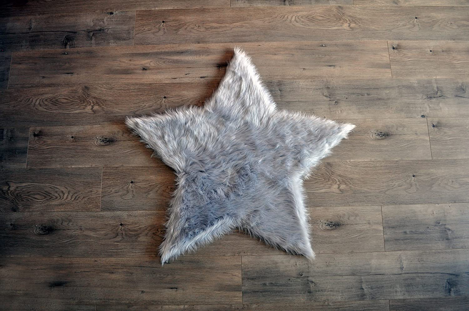 B078HR1RJG Machine Washable Faux Sheepskin Light Grey Star Area Rug 3' x 3' - Soft and Silky - Perfect for Baby's Room, Nursery, playroom - Fake Fur Area Rug (Star Large Light Grey) 915tPd-aRpL