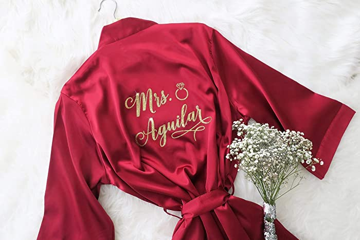 395974e02e Joy Mabelle Women sJoy Mabelle Women s Satin Short Kimono Robe Personalize  Robe for Bridesmaids Maid of Honor Mother of the Bride and Wedding Party  Burgundy ...