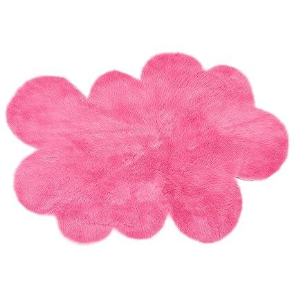 Tapis enfant pilepoil - Nuage rose fushia 90 x 130 cm cm - fausse fourrure  - Fabrication Française