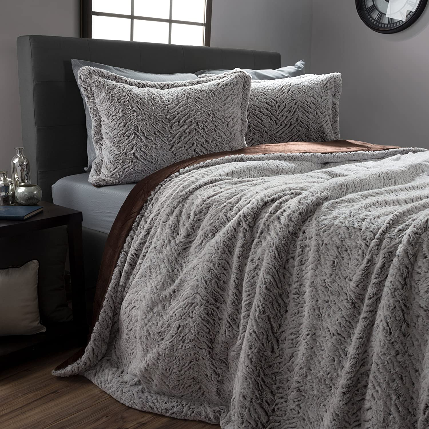 white of gray bed blanket comforter king clearance fuzzy fur set size pink queen full fox faux linen throw sets bedding fluffy