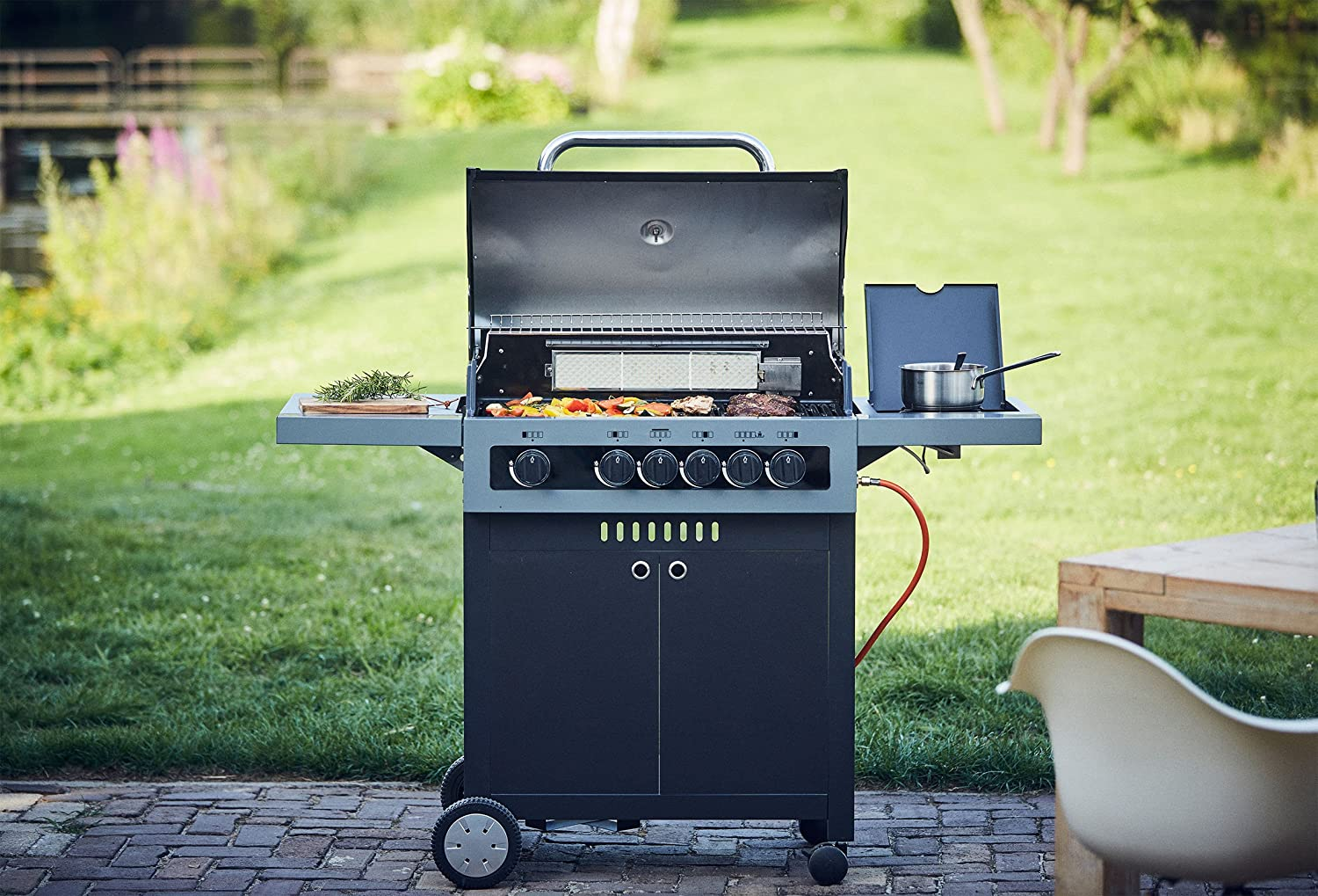 Enders Gasgrill Boston 3k Test : Enders bbq gasgrill boston black 4 ik gas grill 86876 4 edelstahl