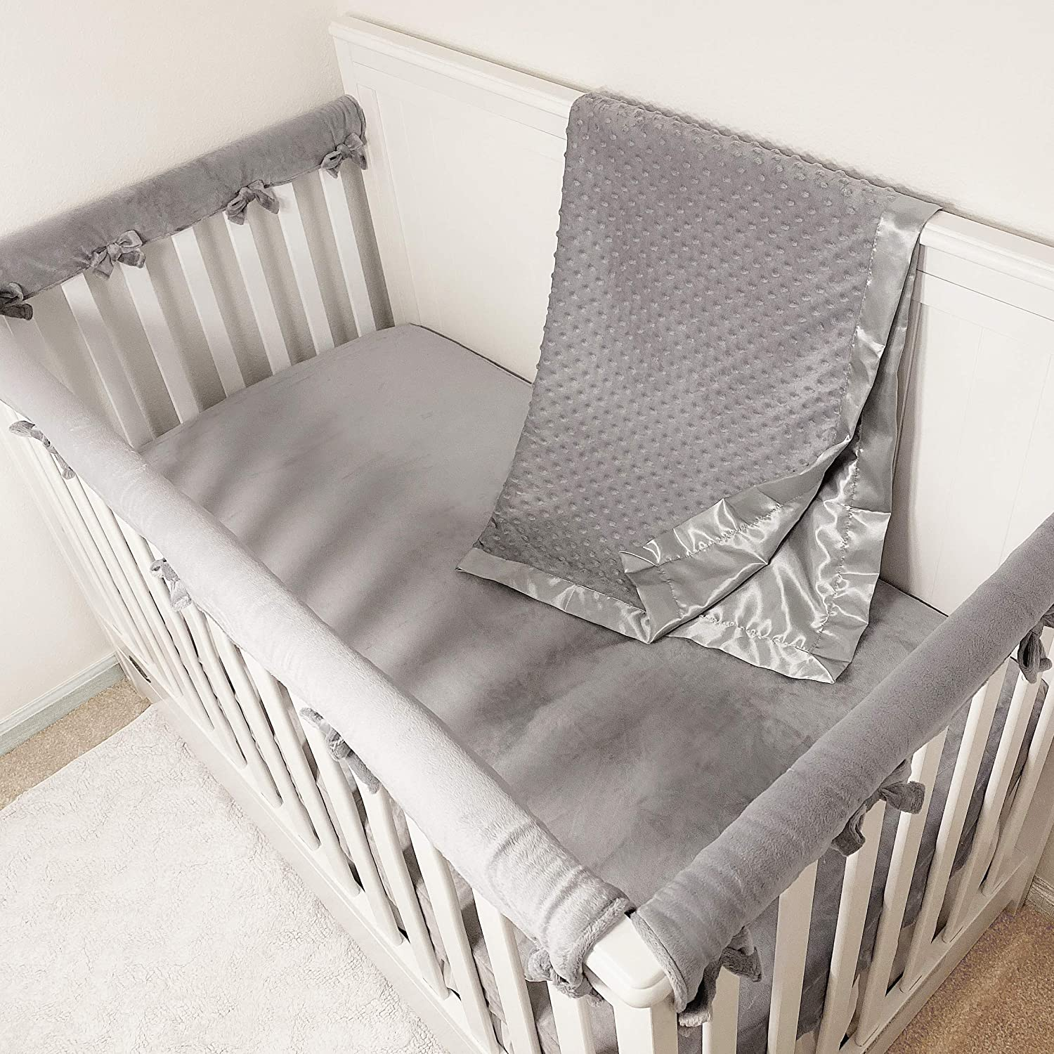 American Baby Company Heavenly Soft 5 Piece Crib Rail Bedding Set, Gray/White, for Boys & Girls