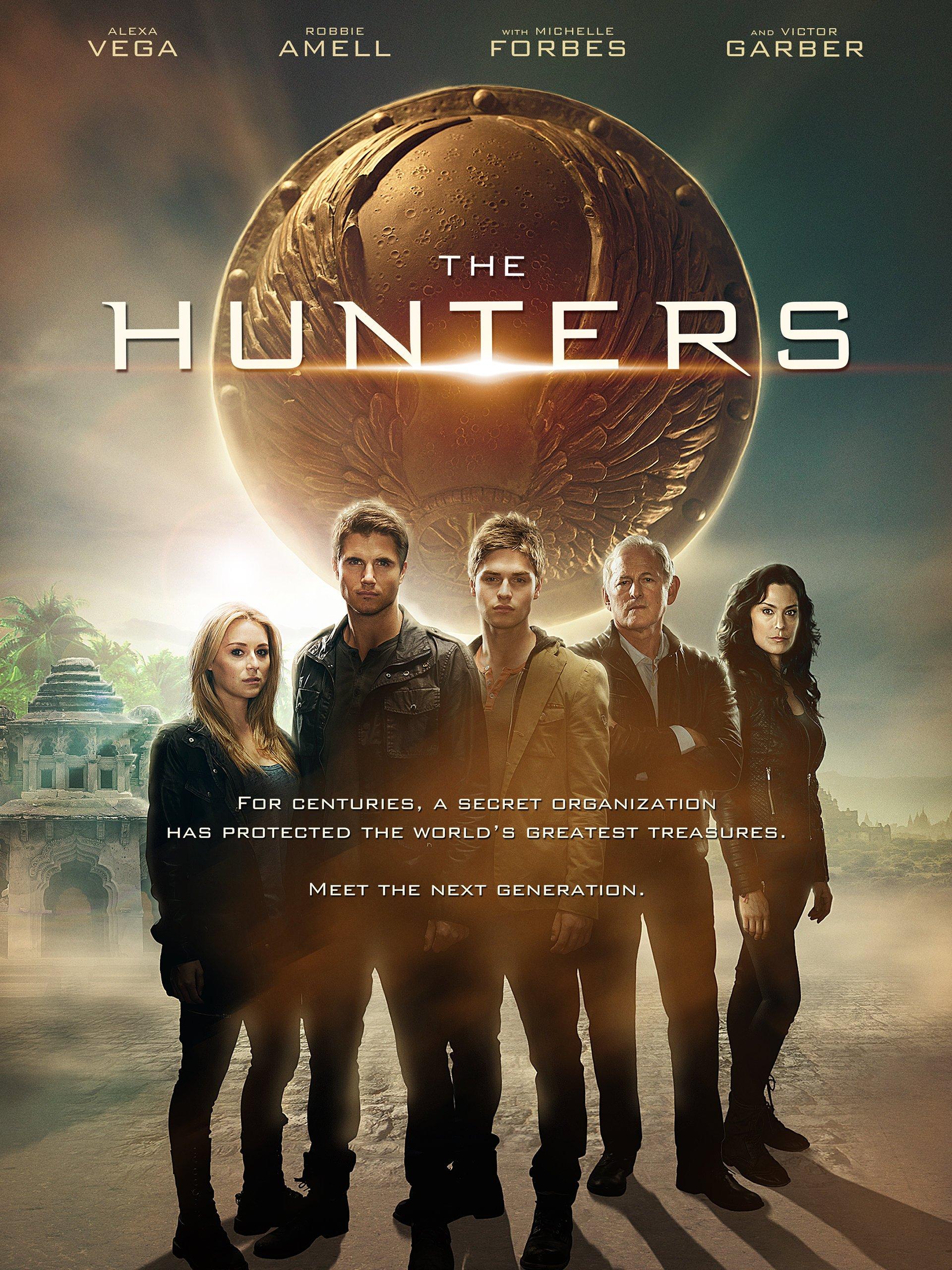 Amazon.com: The Hunters: Victor Garber, Alexa Vega, Robbie Amell ...