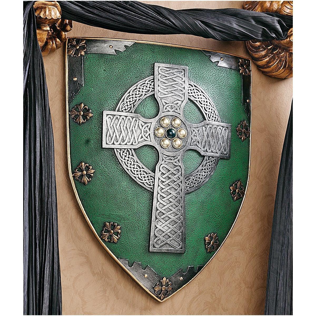 Amazon.com: Design Toscano Celtic Warriors Sculptural Wall Shield ...