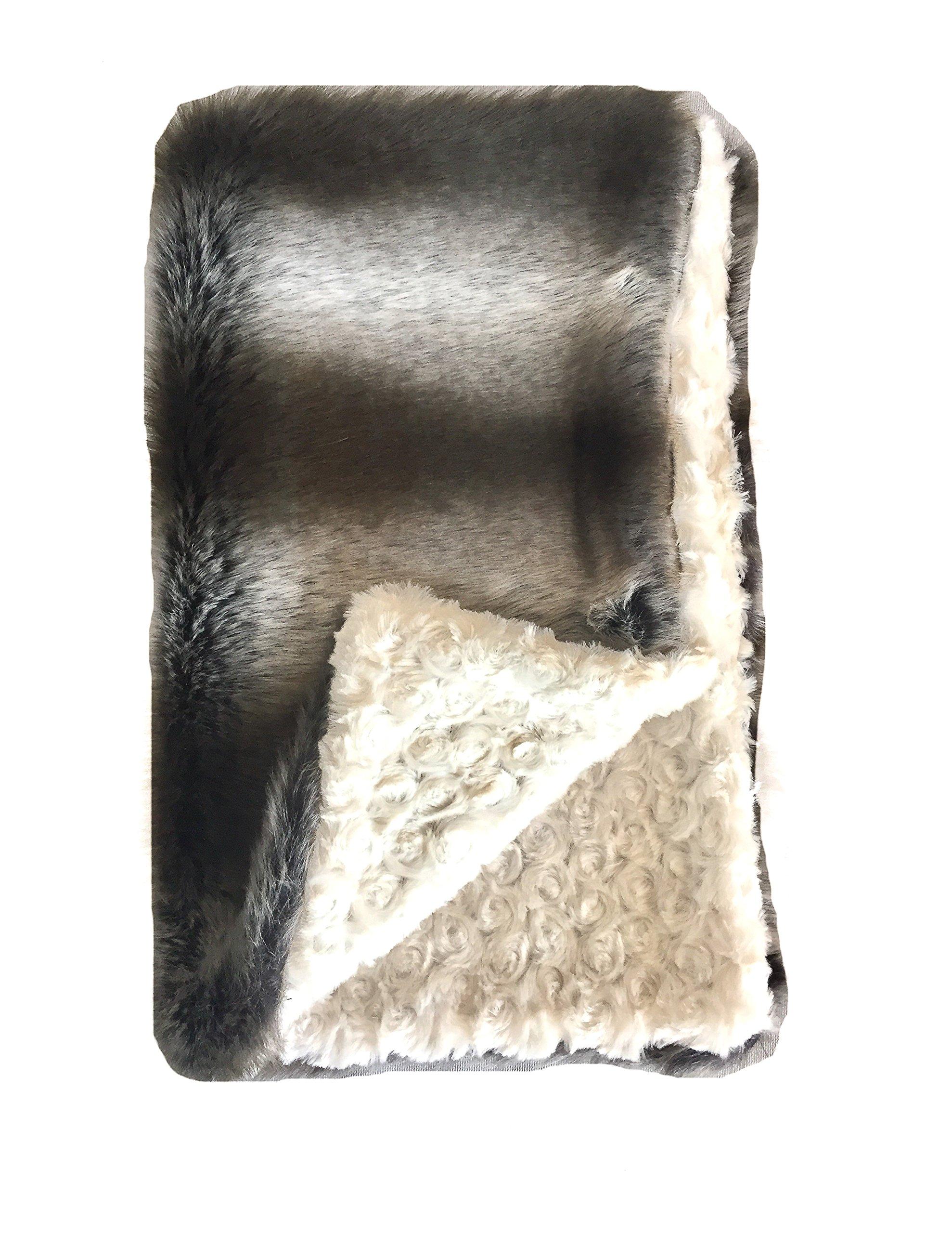 GoodDogBeds 15 by 18-Inch Faux Fur BaaBaa Dog Blanket, Small, Grey Chinchilla