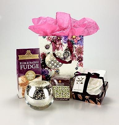 Deluxe pamper gift hamper set fudge tea candle bath toiletries deluxe pamper gift hamper set fudge tea candle bath toiletries any occasion birthday negle Images