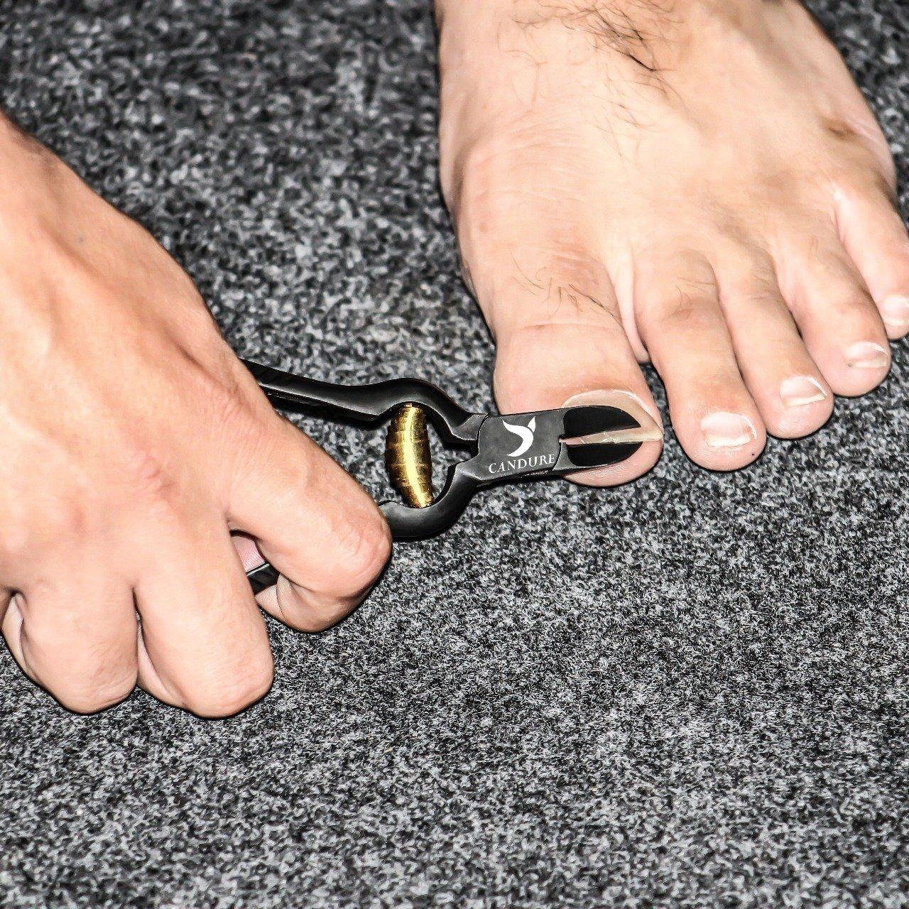 Nagelzange für starke Fußnägel - gebogene Schneide - Fußnagelzange ...