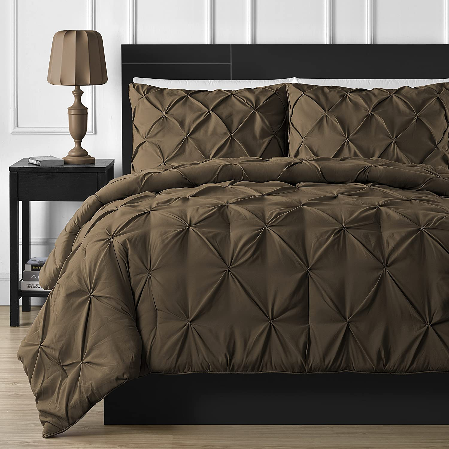 Bedding 3-piece Pinch Pleat Comforter Set Full, Brown