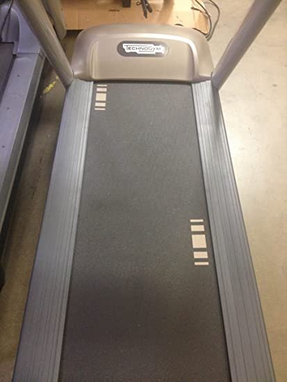 Amazon.com: TechnoGym Jog visioweb 700 Treadmill: Sports ...