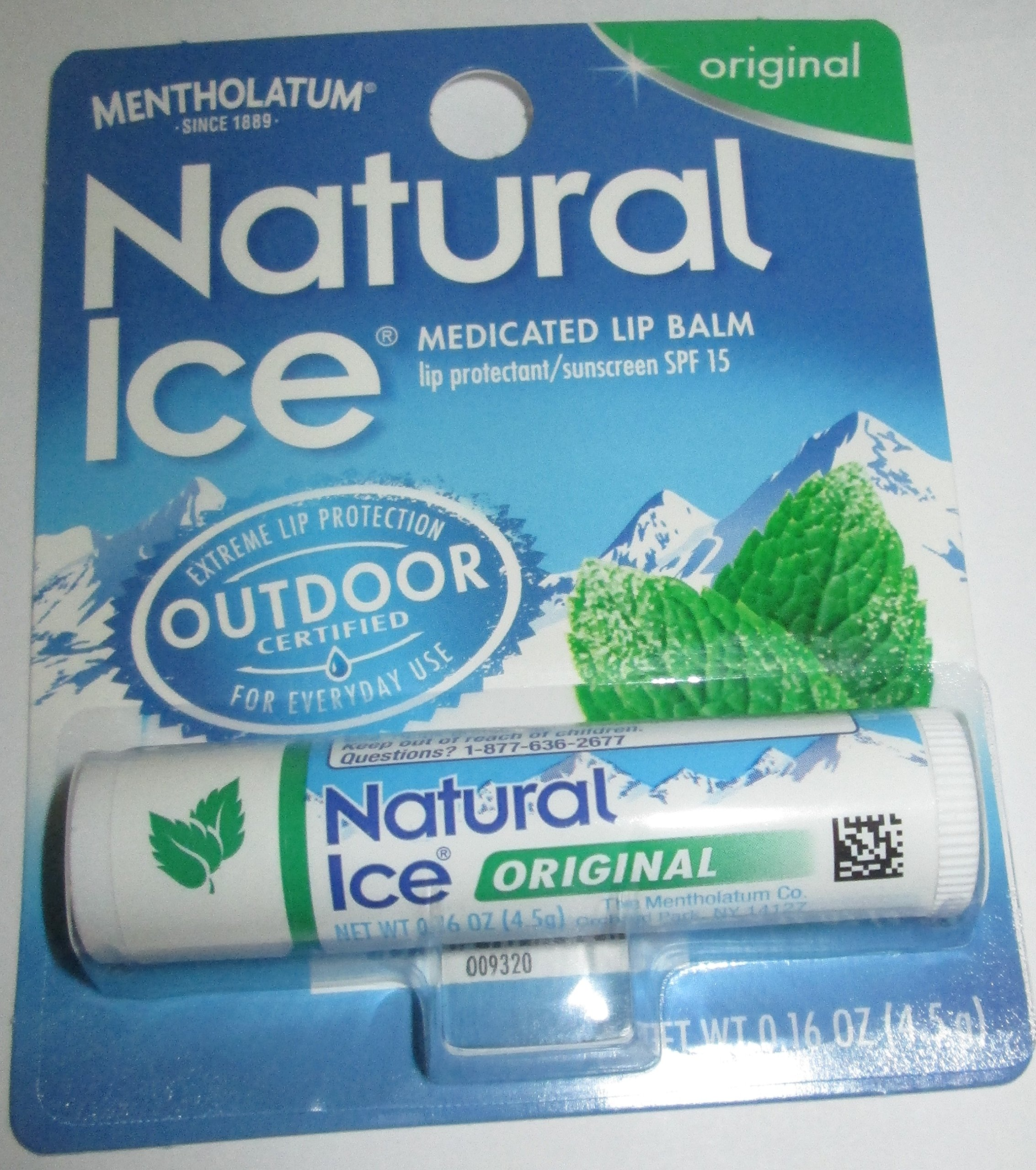 Mentholatum Natural Ice Medicated Lip Protectant Sunscreen, 12 Count by Mentholatum