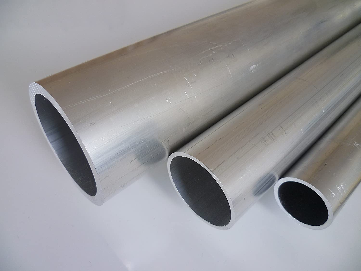 B&T Metall aluminium round tube in different sizes, material AlMgSi 0.5, F22 (EN-AW 6060)