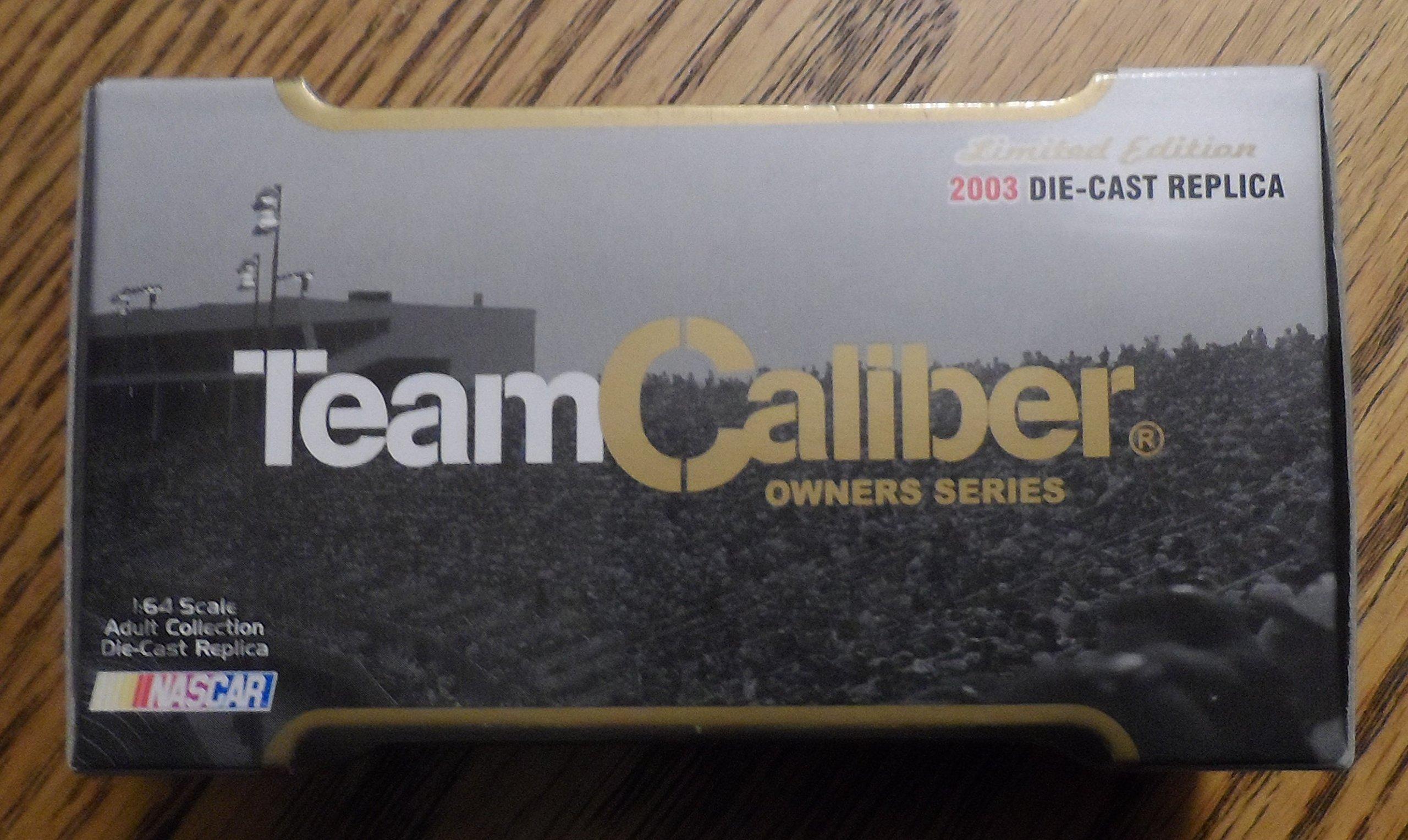 2003 Team Caliber NASCAR Mark Martin #6 Pfizer 1:64 Scale Die Cast Race Car