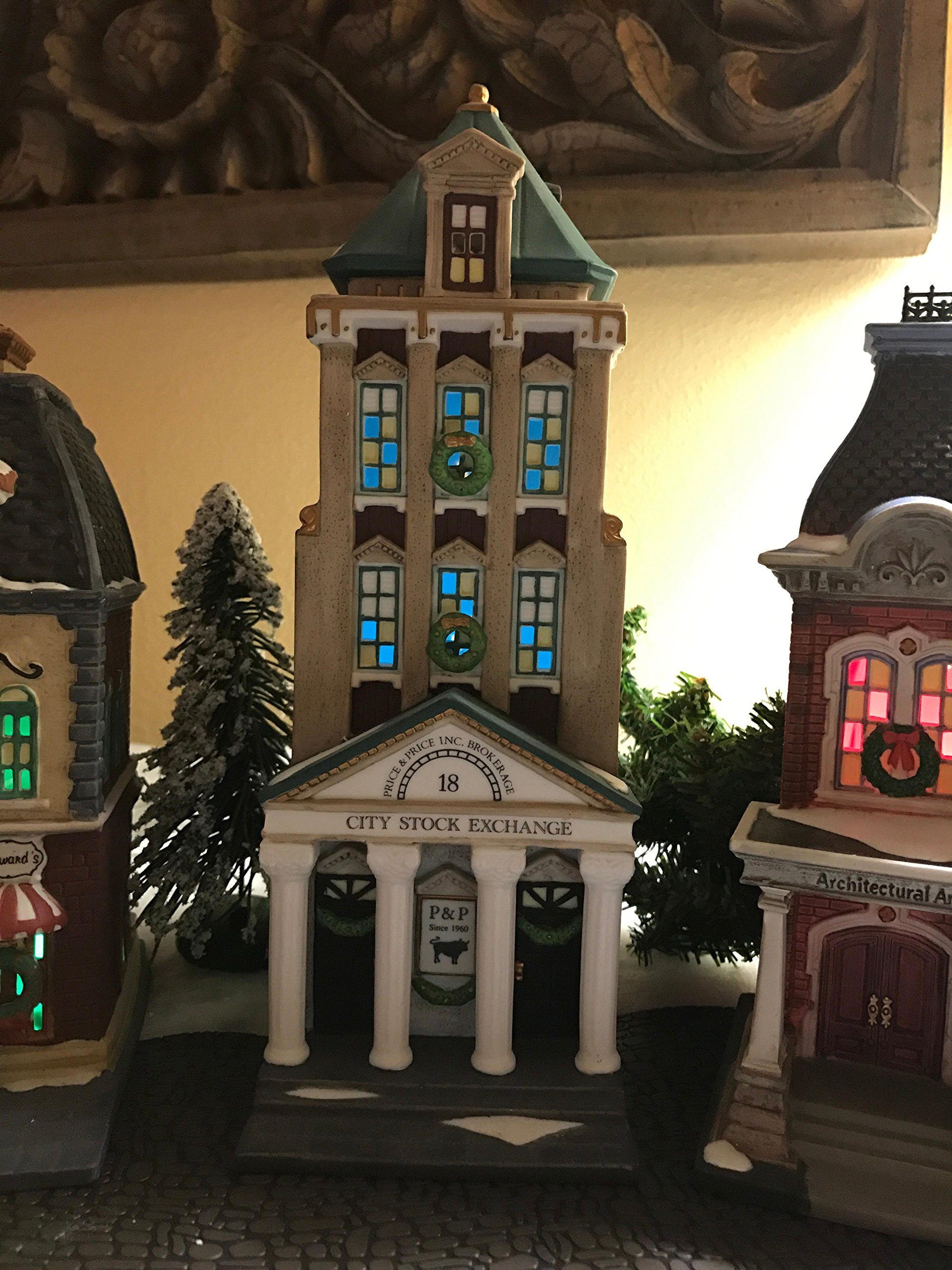 Dept 56 Christmas in the City **Brokerage House** (58815) Christmas in the City Village by Christmas in the City Village (Image #1)