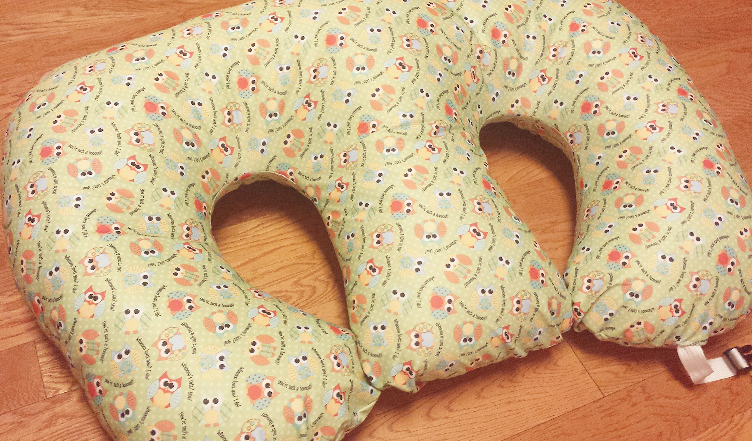 THE TWIN Z PILLOW - Waterproof OWLS Pillow - The only 6 in 1 Twin Pillow Breastfeeding, Bottlefeeding, Tummy Time & Support! A MUST HAVE FOR TWINS! - No extra cover by Twin Z (Image #1)